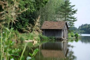 lower-austria-fish-pond-lake-guardians-of-time-by-manfred-kili-kielnhofer-contemporary-art-modern-sculpture-fine-photography-arts-ars-statue-7054
