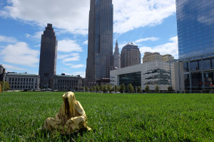 cleveland-usa-artparize-show-usa-contemporary-art-fine-light-arts-sculpture-guardians-of-time-manfred-kili-kielnhofer-8353