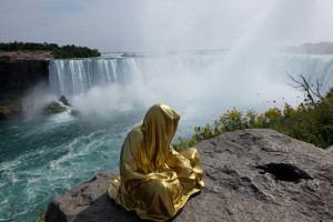 niagra-water-falls-artprize-contemporary-art-arts-design-sculpture-sculpt-guardians-of-time-keepers-manfred-kili-kielnhofer-faceless-8194