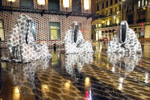spotlight-festival-bucharest-festival-of-lights-guardians-of-time-manfred-kielnhofer-lightart-show-art-arts-design-sculpture-statue-gallery-museum-3596